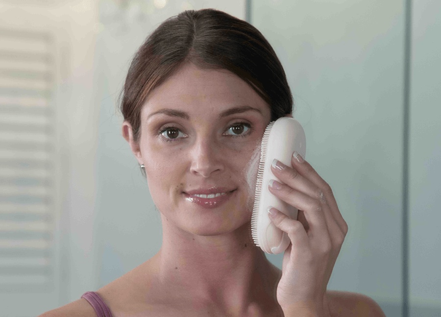 Use spatastic without the handle for cleaning your face